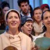 600 Holocaust Survivors, Children and Grandchildren Sing to Life (4-Minute Powerful Video)