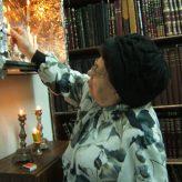 Rebbetzin Kanyevsky's Shabbat Candles