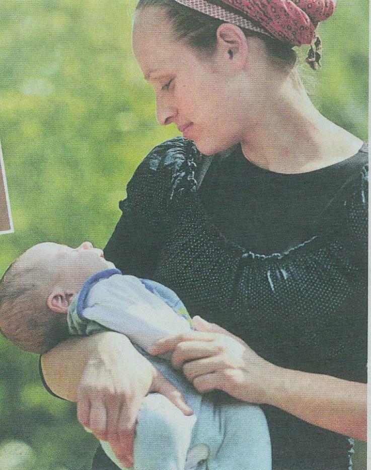 Baby Benaya with mother Chaya