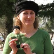 Meet the IDF's Hat Lady (2-Minute Video)