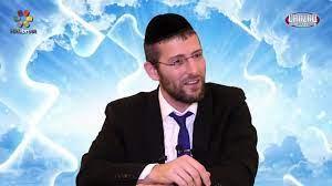 A Heartfelt Blessing (2-Minute Rabbi-Yoel-Gold Video)