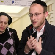 Shimon Gross gives Thanks for Son's Medical Miracle (1-Minute Moving Video)