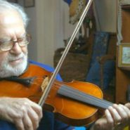 Joe's Violin (24-Minute Academy-Award Nominee Video)