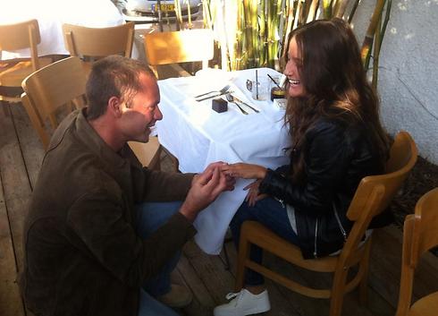 Bnaya proposes marriage to Gali