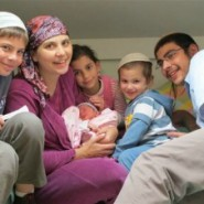 Meet JewishMOM of the Week: Hevron's Leah Hochbaum