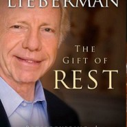 CNN: Senator Joe Lieberman Loves Shabbos (3-Minute Video)