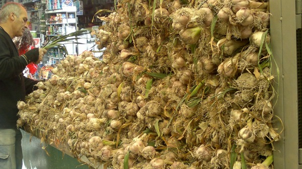 The biggest sign that Pesach is almost here--mountains of garlic all over. The entire market, in fact, smells delicious like garlic!